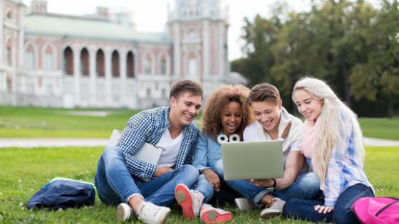 Etudes universitaires et supérieures aux Etats-Unis pour apprendre l'anglais