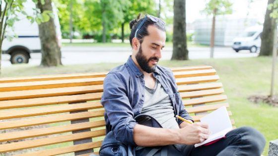Grammaire anglaise de niveau intermédiaire – Comment la maîtriser avec un simple journal intime